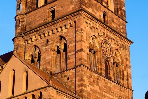 Stock Photo: 1792-81462 France, Bas Rhin, Strasbourg, old town listed as World Heritage by UNESCO, Saint Thomas Church
