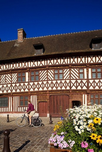 Stock Photo: 1792-81652 France, Seine_Maritime, Saint_Valery_en_Caux, Henry IV House, tourist center