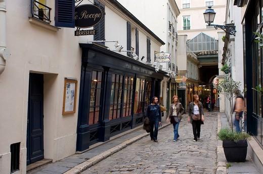 France, Paris, Cour de l´Ancienne Comedie, Le Procope Restaurant, the oldest restaurant in Paris opened in 1686 : Stock Photo