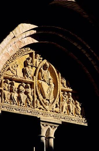 France, Lot, Carennac labelled Les plus beaux villages de France The Most Beautiful Villages of France, 12th century Saint Pierre church tympanum : Stock Photo
