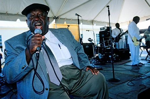 United States, Mississippi, Bluesman Oneal Dean at a Gospel festival in Indianola where B.B. King is born : Stock Photo