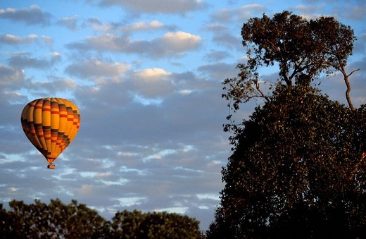 Kenya, Masai Mara National Reserve, air_balloon : Stock Photo