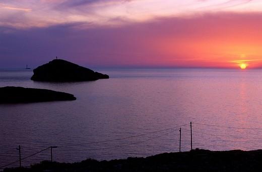 France, Bouches du Rhone, Marseille, Cap Croisette, Tiboulen island seen from the Goudes road : Stock Photo