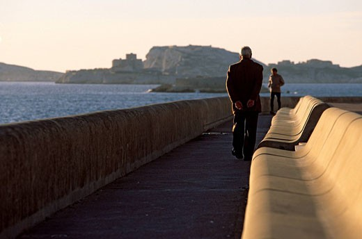 France, Bouches du Rhone, Marseille, the Corniche, Frioul islands in the background : Stock Photo