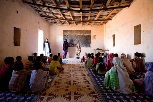 Stock Photo: 1792-94200 Mauritania, Adrar, Chinguetti area, Leguerara, school