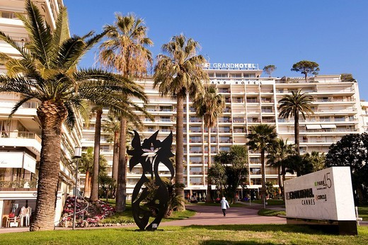 France, Alpes Maritimes, Cannes, Croisette, 4 star Grand Hotel : Stock Photo