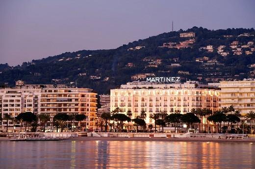 France, Alpes Maritimes, Cannes, Croisette, Martinez Hotel : Stock Photo