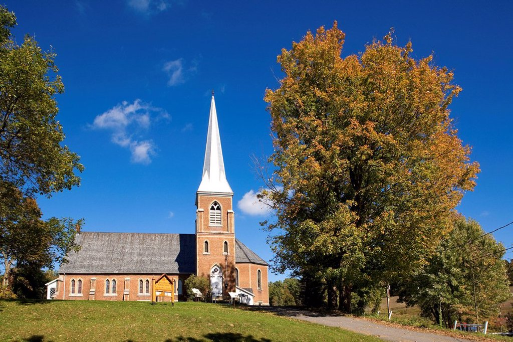 Stock Photo: 1792-95236 Canada, Quebec Province, Estrie Region, Frelighsburg, Holy Trinity Anglican Church dating of 1880