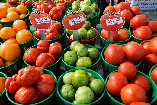 Stock Photo: 1792-95281 Canada, Quebec Province, Montreal, Jean Talon Market in Little Italy District, tomatoes