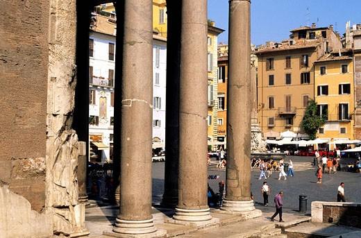 Stock Photo: 1792-96958 Italy, Lazio, Rome, Pantheon on Piazza della Rotonda Rotunda Square