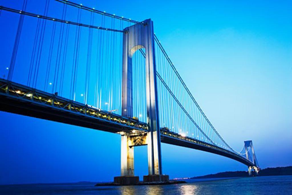 Verrazano bridge at night, New York, United States : Stock Photo