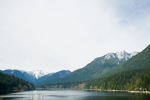 Stock Photo: 1795R-15206 Mountains and lake, Vancouver, British Columbia, Canada