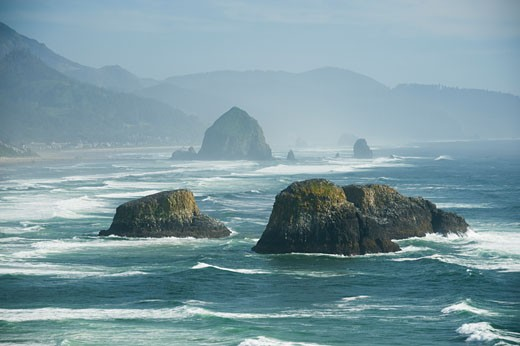 Stock Photo: 1795R-16322 Rock formations in ocean
