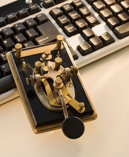 Stock Photo: 1795R-19178 Antique telegraph key and keyboard