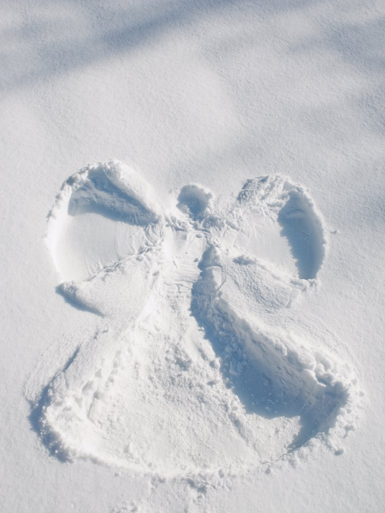 Stock Photo: 1795R-23381 Snow angel shape