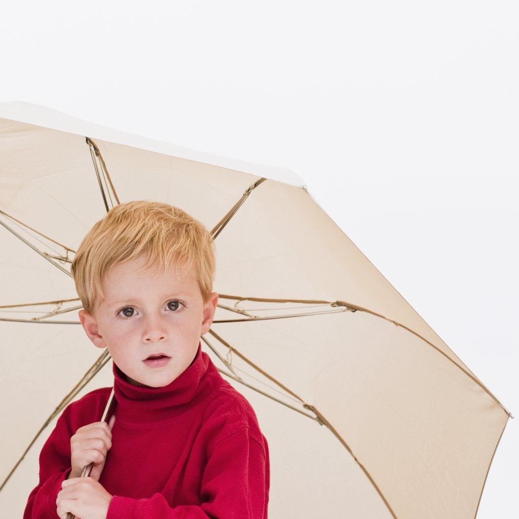 Stock Photo: 1795R-23750 Child with umbrella
