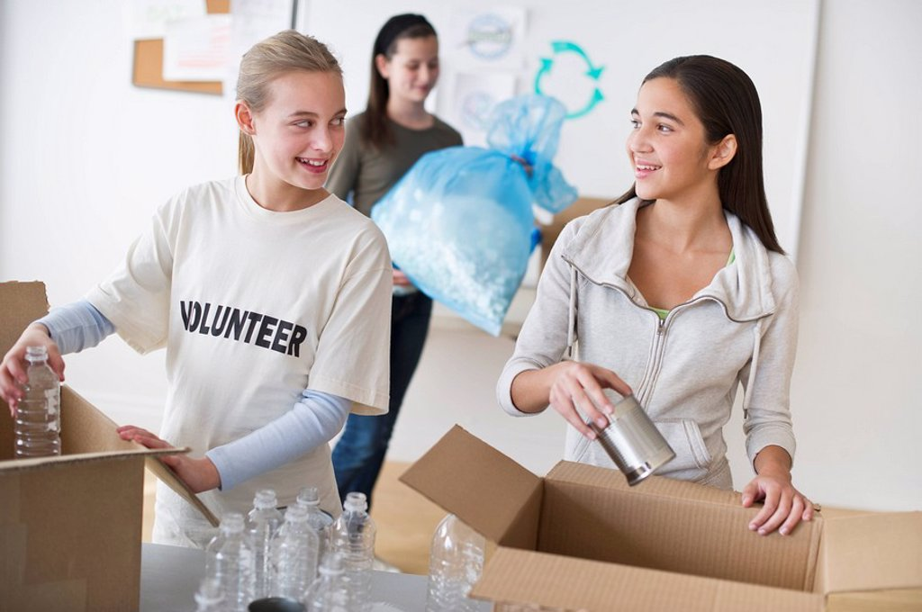 Stock Photo: 1795R-24615 Volunteers recycling