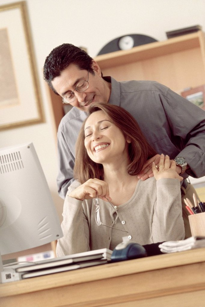Stock Photo: 1795R-28272 Couple in home office