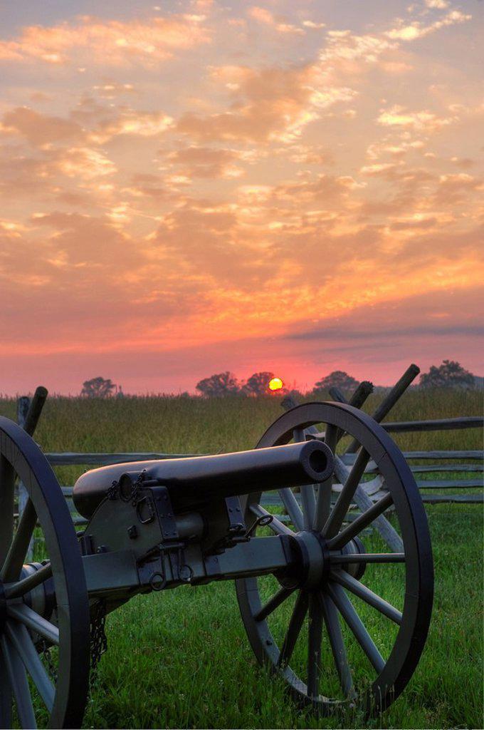 Civil war cannon : Stock Photo