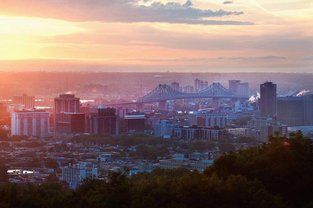 Canada, Montreal, cityscape at sunrise : Stock Photo
