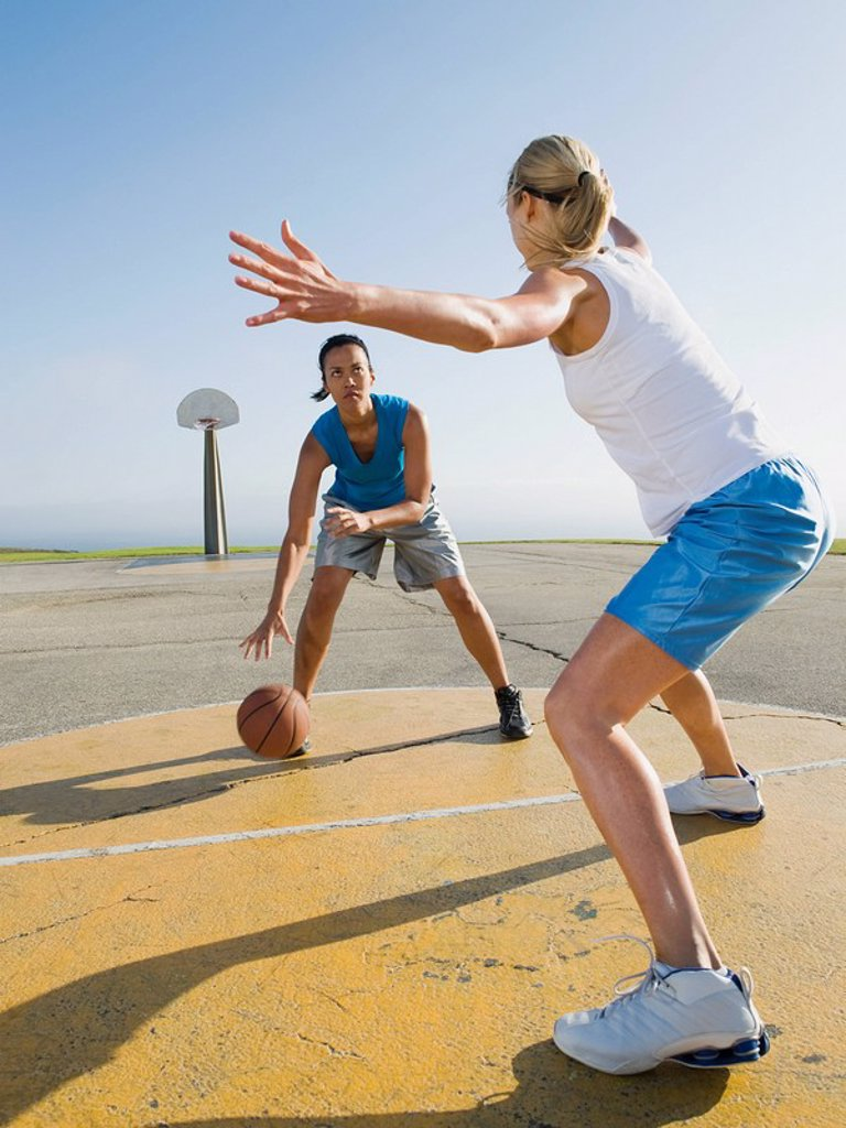 Stock Photo: 1795R-37342 Basketball players