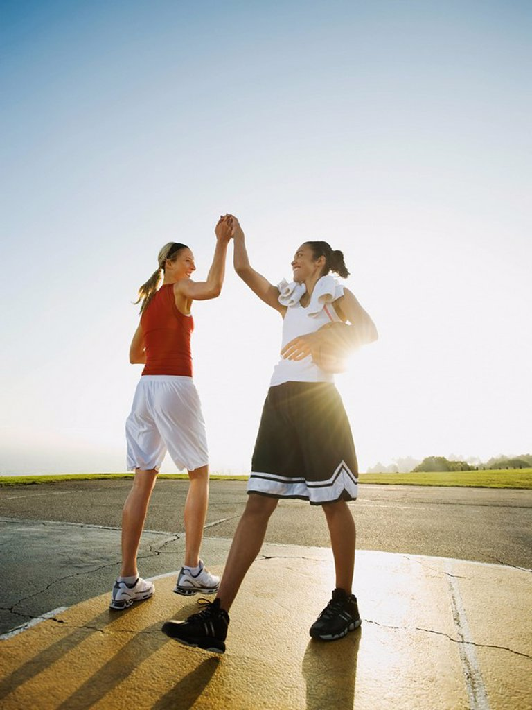 Stock Photo: 1795R-37362 Basketball players
