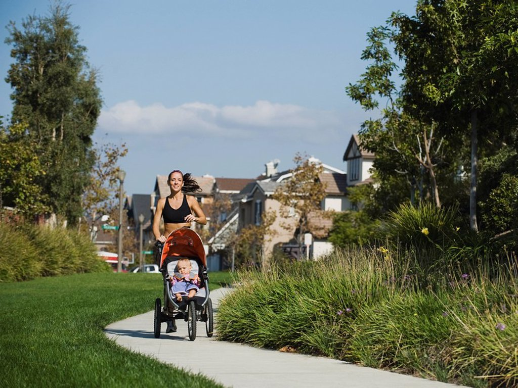 Stock Photo: 1795R-37506 Jogger and baby