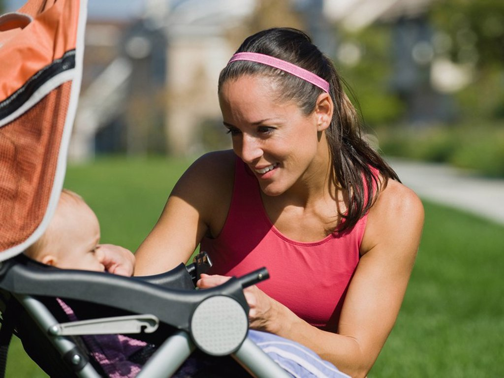 Stock Photo: 1795R-37511 Jogger and baby
