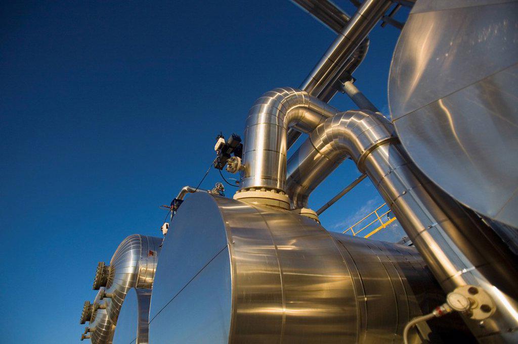 Stock Photo: 1795R-38458 Oil refinery