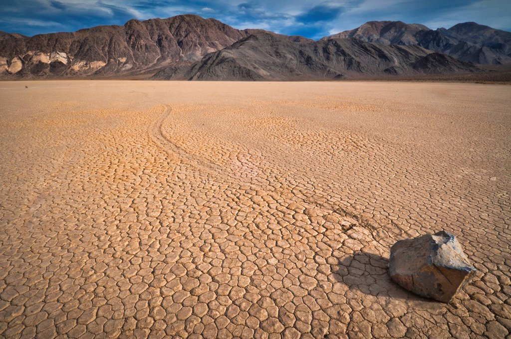 Stock Photo: 1795R-42416 USA, Death Valley, Rock on Playa