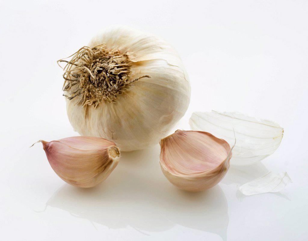 Studio shot of garlic : Stock Photo