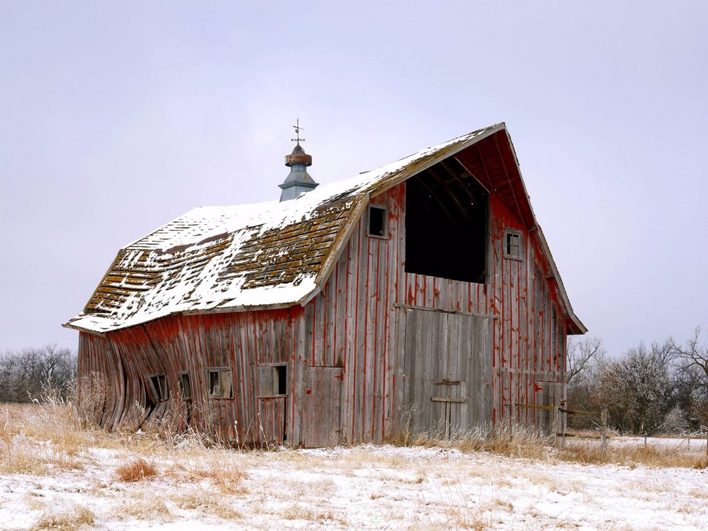 USA, New York State, Farm buildings in snow : Stock Photo