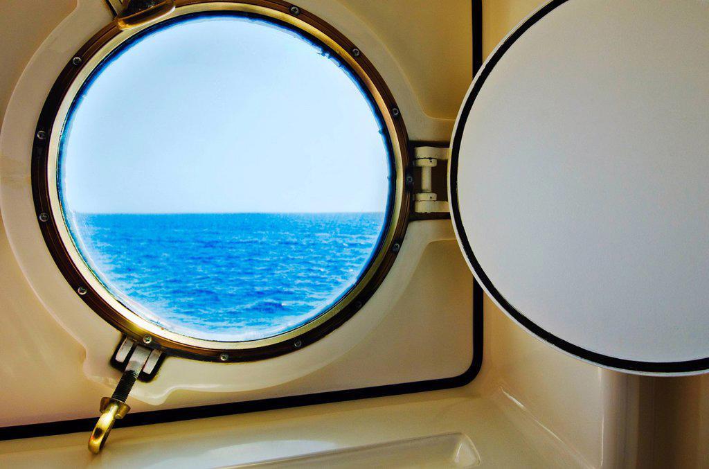 Stock Photo: 1795R-47539 Greece, Ship portal window