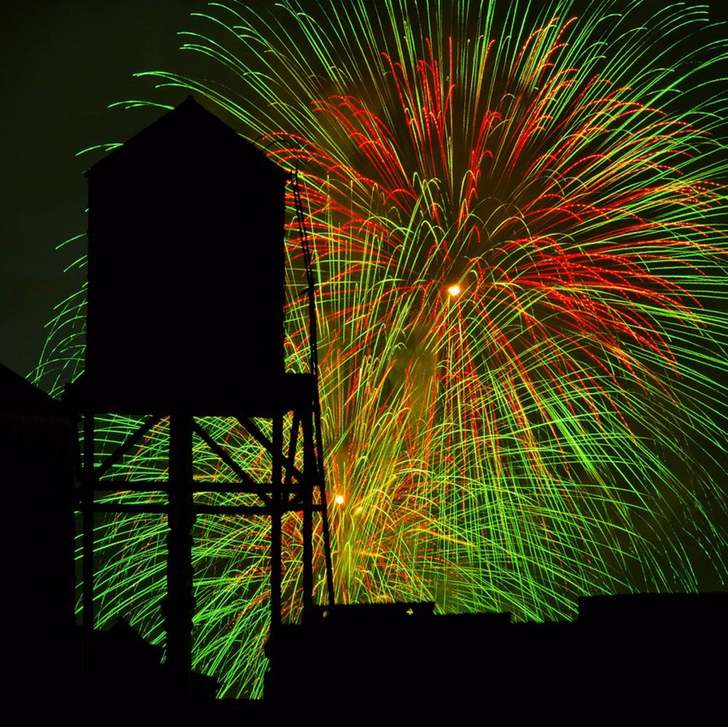 Fourth of July fireworks : Stock Photo