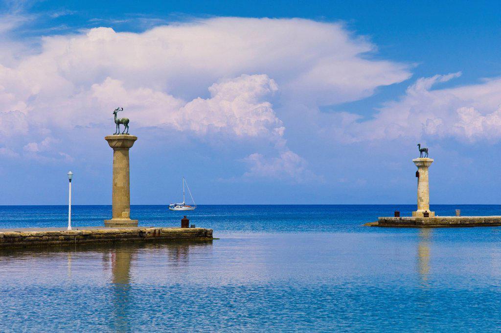 Greece, Rhodes, Deer statue in Mandraki Harbor : Stock Photo