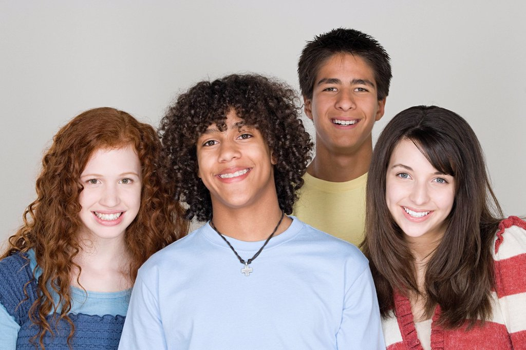 Stock Photo: 1795R-58186 Portrait of teenagers 14_15,16_17