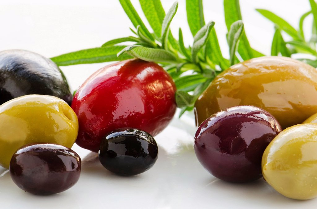 Stock Photo: 1795R-62049 Close-up of various olives, studio shot