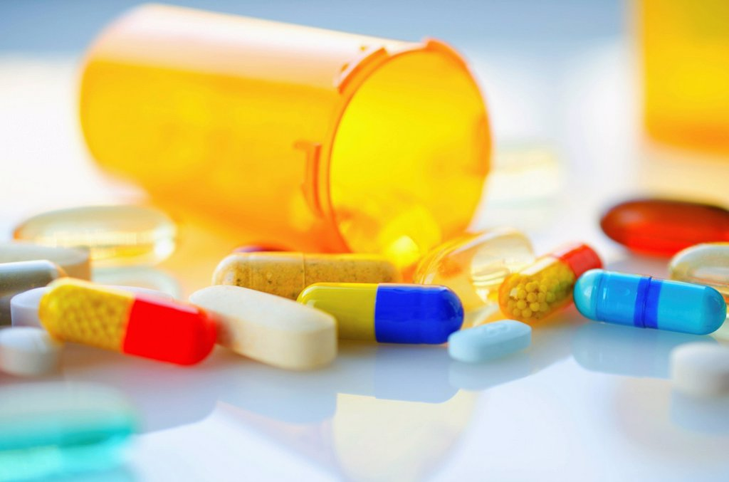 Colorful pills and capsules, studio shot : Stock Photo
