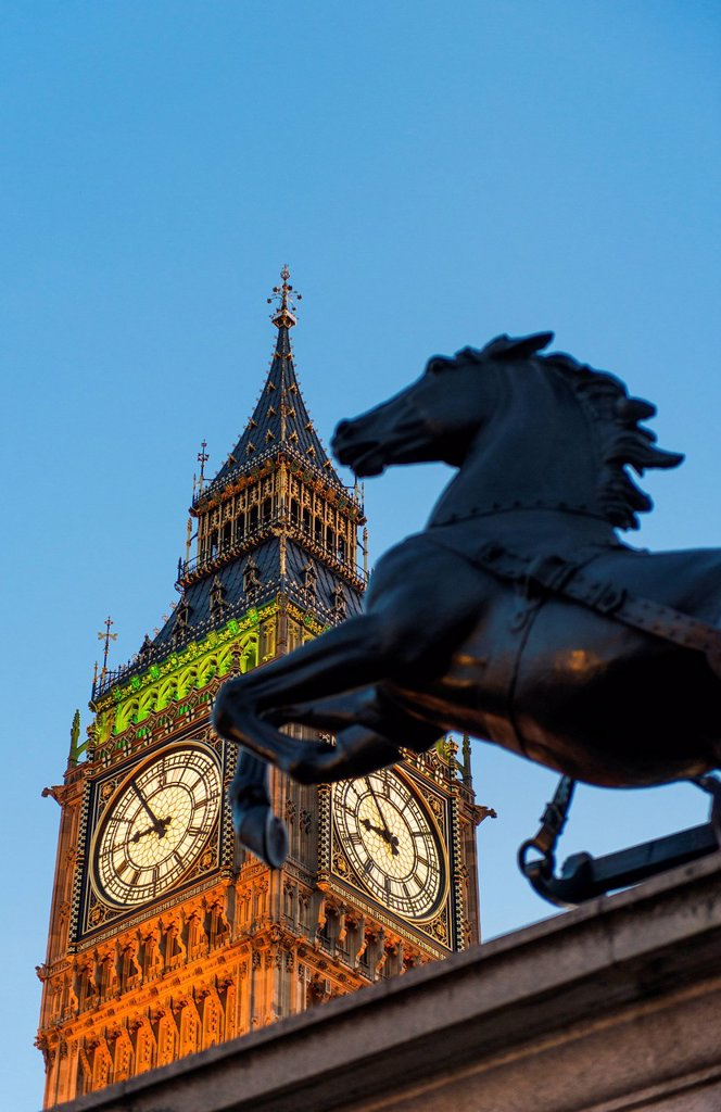 UK, England, London, Big Ben and Boadicea Statue at dusk : Stock Photo