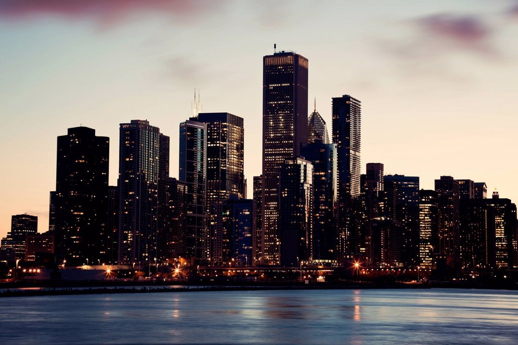 Stock Photo: 1795R-69771 USA, Illinois, Chicago, City view