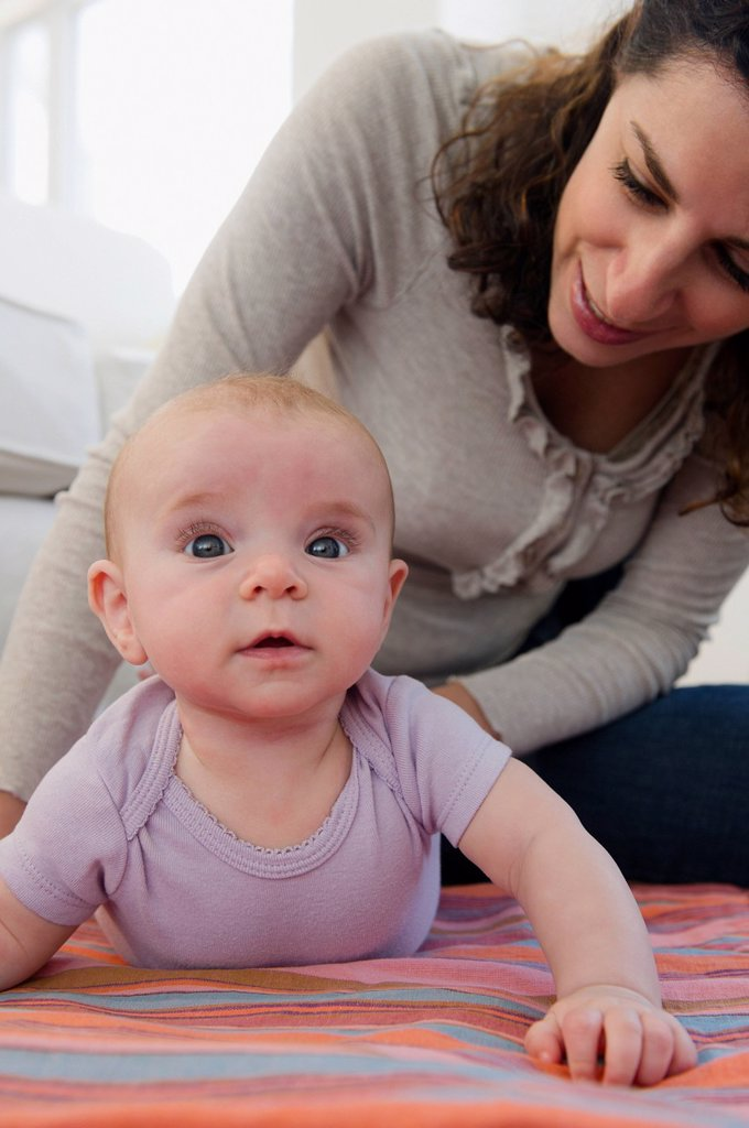 Mother and baby boy 2_5 months posing together : Stock Photo