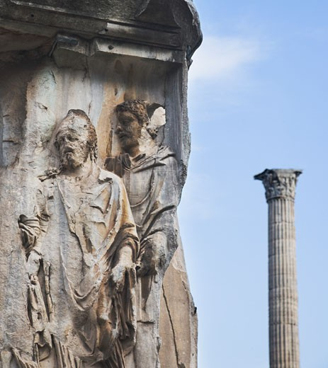 Stock Photo: 1795R-7580 Close up of frieze, Arch of Septimius Severus, Roman Forum, Italy