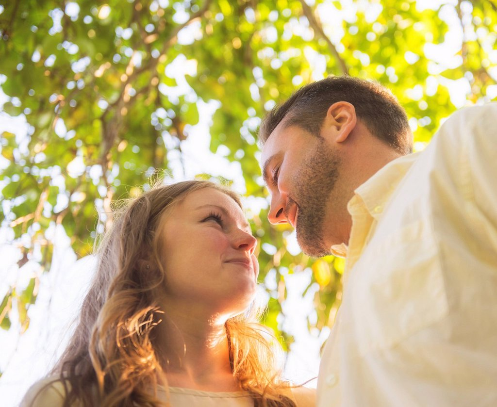 Stock Photo: 1795R-76833 Portrait of flirting couple