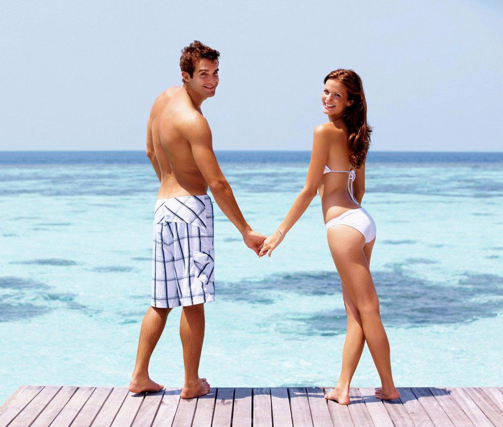 Couple enjoying summer holidays : Stock Photo