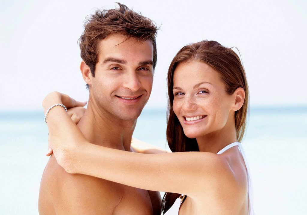 Stock Photo: 1795R-82592 Couple enjoying summer holidays