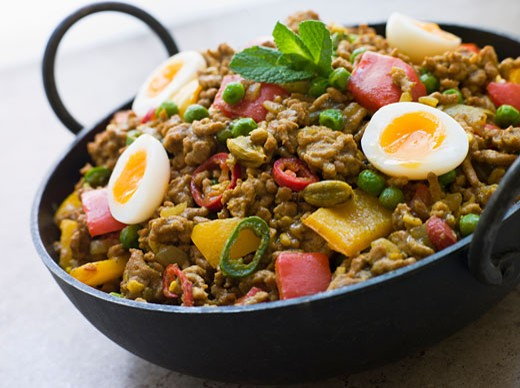 Stock Photo: 1799R-13007 Karahi Dish with Punjabi Keema Mattar and Quail Eggs