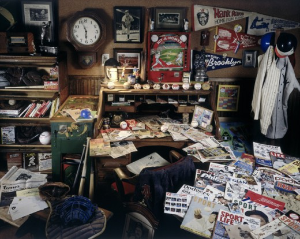 Stock Photo: 18-570 Interior of a room with baseball memorabilia