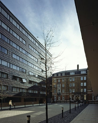 FRANCES GARDNER HOUSE, LONDON, W1 OXFORD STREET, UNITED KINGDOM, VIEW TO EXISTING BUILDING, FEILDEN CLEGG BRADLEY ARCHITECTS : Stock Photo