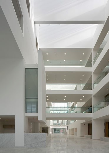 Stock Photo: 1801-1337 CORK CIVIC OFFICES, CORK, IRELAND, ATRIUM, ABK ARCHITECTS