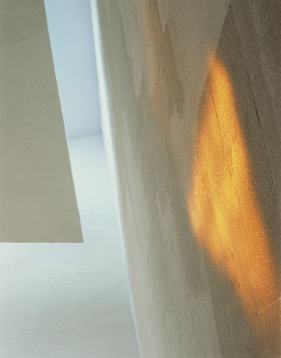 CHAPEL OF ST IGNATIUS, SEATTLE UNIVERSITY, SEATTLE, WASHINGTON, UNITED STATES, ORANGE LIGHT IN CONFESSIONAL, STEVEN HOLL : Stock Photo